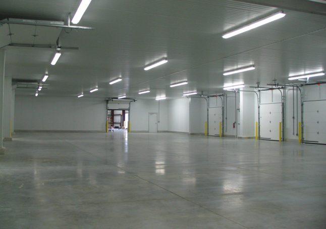 Interior Cold Storage with Loading Docks - ACi Construction